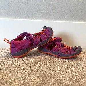 "Keen ""Moxie"" sandal toddler size 8"